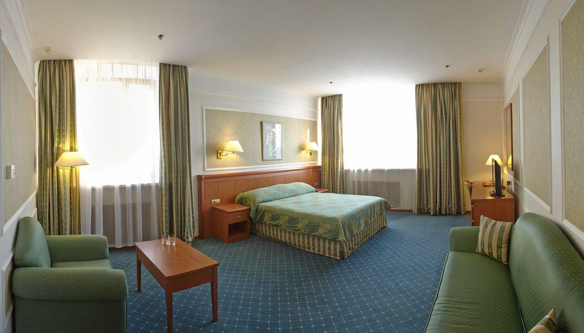 Комфортный номер стандарт бизнес в гостинице Бородино